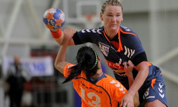 Lietuvos moterų rankinio lygoje antrosios pusfinalių akistatos
