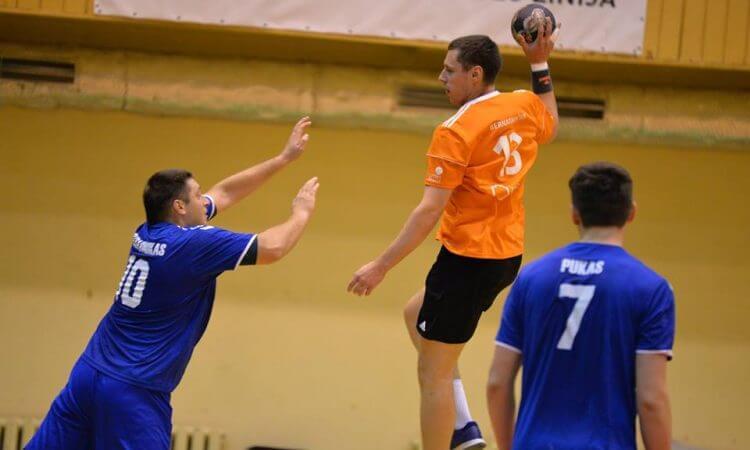 LRF taurės ketvirtfinaliuose – nuožmūs pirmieji susitikimai