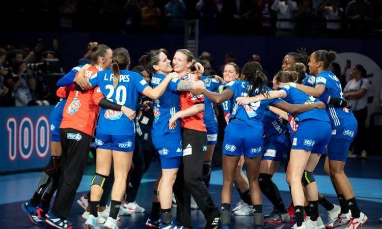 Prancūzės, finale palaužusios Rusijos rinktinę, tapo Europos čempionėmis
