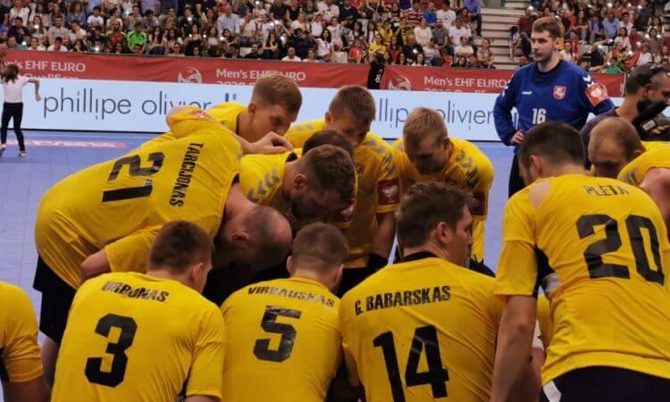 Lietuvos rinktinė pasirydomą Europos čempionato atrankoje baigė lygiosiomis Portugalijoje