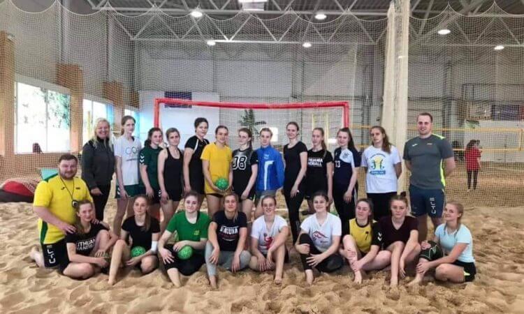 Lietuvos vaikinų bei merginų U17 paplūdimio rinktinės ruošiasi Europos čempionatui Lenkijoje