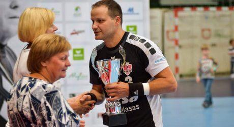 ALYTUS CUP turnyro šeimininkų komandos kapitonas Gintautas Adamkevičius