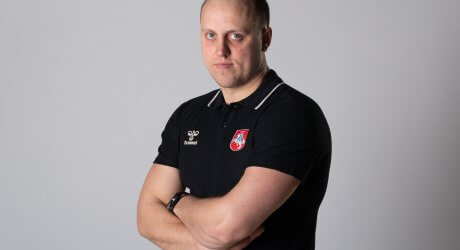 Treneris-1