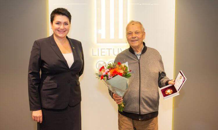 """G.Stasiulevičius apdovanotas LTOK pirmojo laipsnio ženklu """"Už nuopelnus"""""""